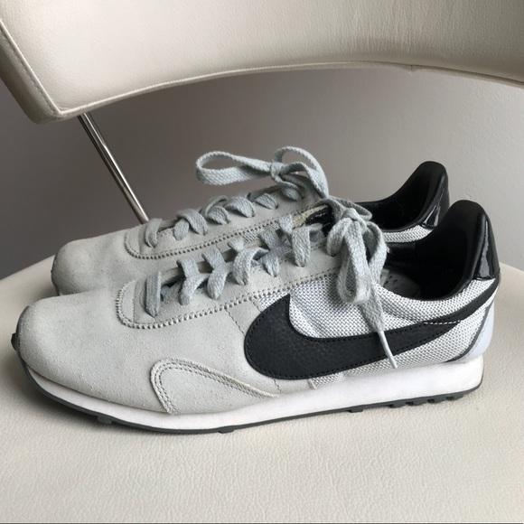 Nike Waffle Trainer - Women's size 8.5